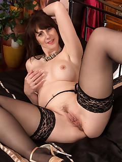 Sexy Women Pics